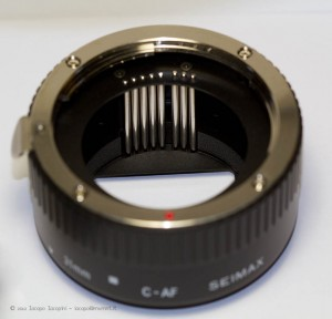 Extension tubes for Canon with electrical contacts